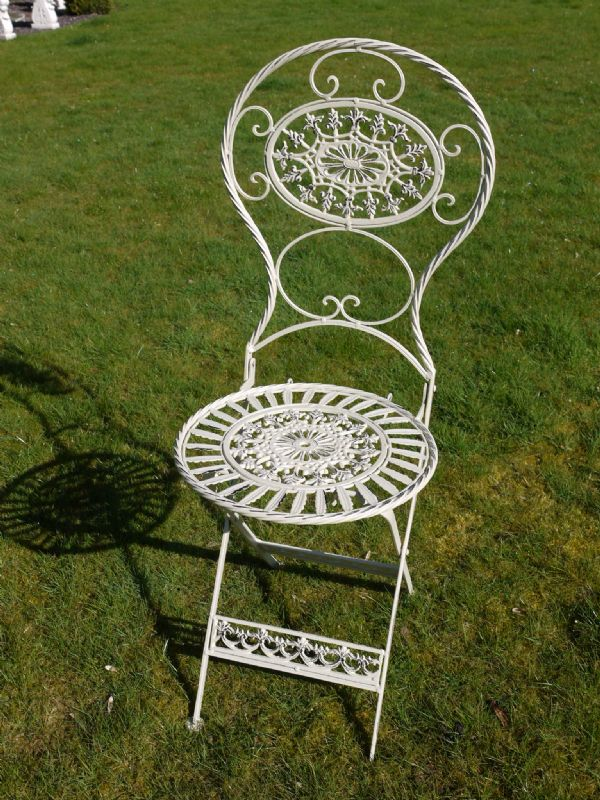 Lady Jane 5 Piece Cream Oval Folding Bistro Garden Furniture Set